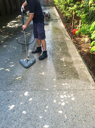 High Pressure Cleaning Footpaths and Walkways