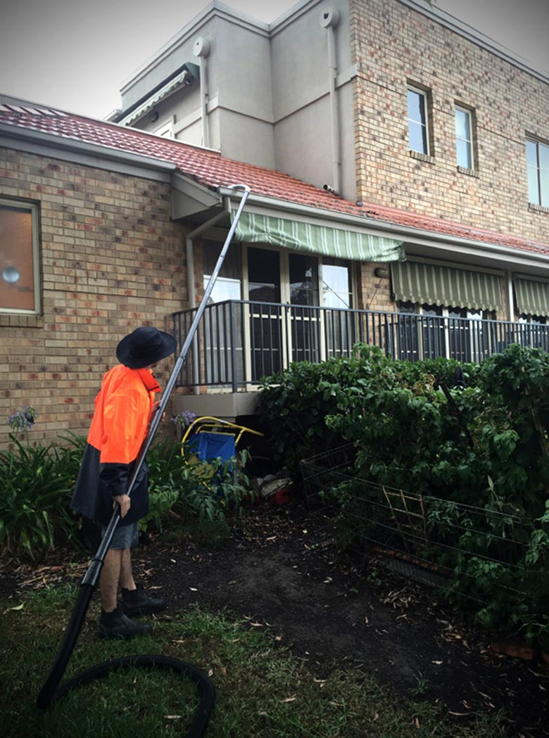 gutter cleaning melbourne gutter vacuum cleaning services